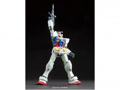 Bandai - HGUC RX-78-2 Gundam, Mastelis: 1/144, 96716 4