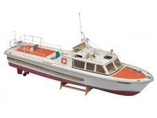 Billing Boats - Kadet - Plastikinis korpusas, Mastelis: 1/15, BB566