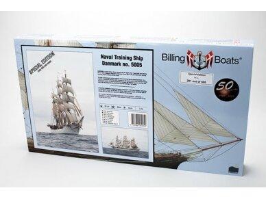 Billing Boats - Danmark Special Edition - Medinis korpusas, Mastelis: 1/100, BB5005