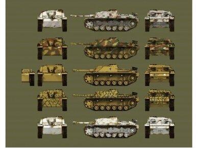 Das Werk - Sturmgeschütz III Ausf.G Sturmhaubitze 42, Scale: 1/35, 35021 2