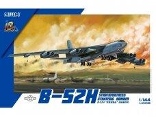 Great Wall Hobby - B-52H Stratofortress Strategic Bomber, 1/144, L1008