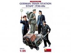 Miniart - German Railstation staff 1930-40S, 1/35, 38010