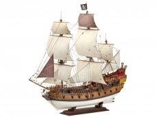 Revell - Pirate Ship, Mastelis: 1/72, 05605