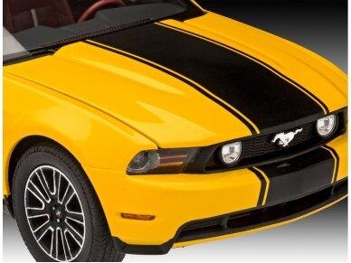 Revell - 2010 Ford Mustang GT dovanų komplektas, Mastelis: 1/25, 67046 5