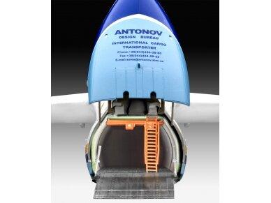Revell - Antonov An-225 Mrija, Mastelis: 1/144, 04958 6