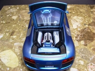 Revell - Audi R8, Mastelis: 1/24, 07398 4