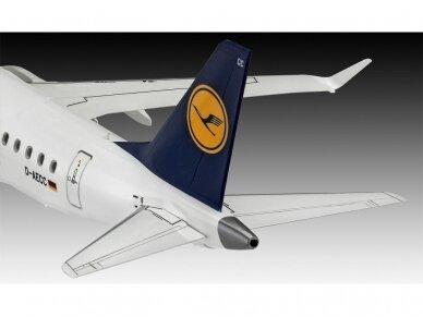 """Revell - Embraer 190 """"Lufthansa"""" Model Set, 1/144, 63937 4"""