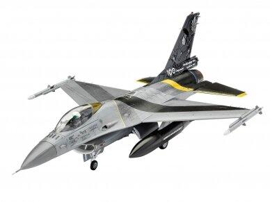 """Revell - F-16 Mlu""""100th Anniversary"""" dovanų komplektas, Mastelis: 1/72, 63905 2"""