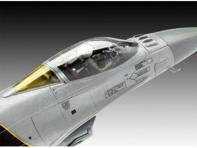 """Revell - F-16 Mlu""""100th Anniversary"""" dovanų komplektas, Mastelis: 1/72, 63905 4"""