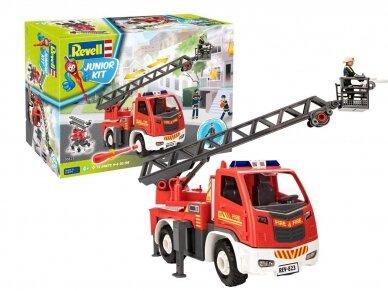 Revell - JUNIOR KIT Gaisrinė mašina su kopėčiomis ir figūrėle, Mastelis: 1/20, 00823