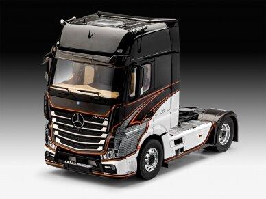 Revell - Mercedes-Benz Actros MP4, Mastelis: 1/24, 07439 2