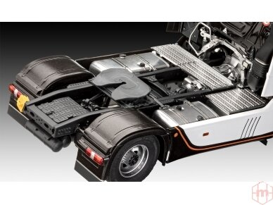 Revell - Mercedes-Benz Actros MP4, Mastelis: 1/24, 07439 4