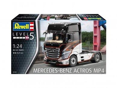 Revell - Mercedes-Benz Actros MP4, Mastelis: 1/24, 07439