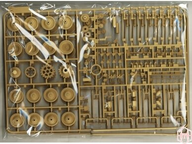 Rye Field Model - Jagdpanther G2 with Full Interior and Workable Track Links, Mastelis: 1/35, RFM-5022 17