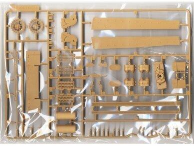 Rye Field Model - Sturmtiger w/Workable Track Links, Scale: 1/35, RFM-5035 4