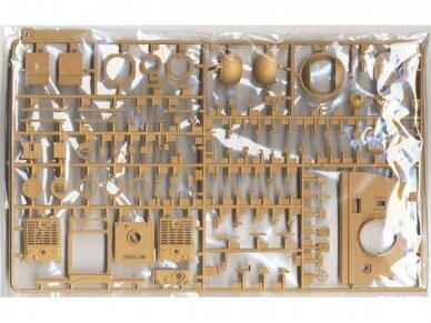 Rye Field Model - Sturmtiger w/Workable Track Links, Scale: 1/35, RFM-5035 5