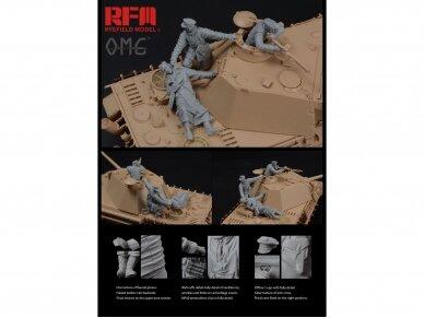 Rye Field Model - Figures for PANTHER G, Fallen Resin, 1/35, OM-35001 3