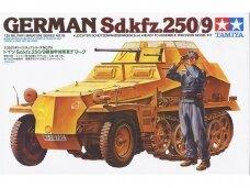 Tamiya - German Sd.kfz.250/9, Mastelis: 1/35, 35115