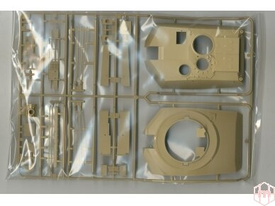 Tamiya - M1A2 SEP Abrams TUSK II, Mastelis: 1/35, 35326 11