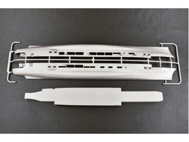 Trumpeter - Aircraft Carrier DKM Peter Strasser, Scale: 1/350, 05628 3