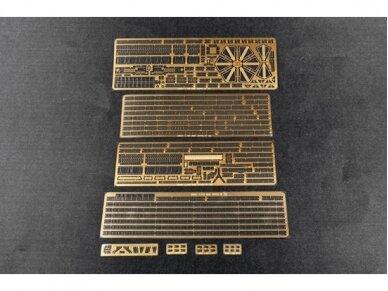 Trumpeter - Aircraft Carrier DKM Peter Strasser, Scale: 1/350, 05628 9