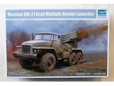 Trumpeter - BM-21 Grad Multiple Rocket Launcher, Mastelis: 1/35, 01028