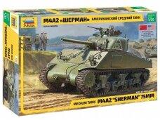 Zvezda - M4A2 Sherman, Mastelis: 1/35, 3702
