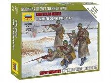 Zvezda - Soviet Infantry in Winter Uniform 1941-1942, 1/72, 6197