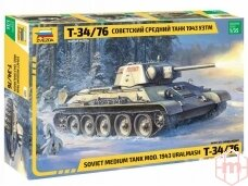 Zvezda - Soviet Medium Tank T-34/76, Mastelis: 1/35, 3689