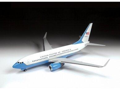 Zvezda - Boeing 737-700 / C-40B, Mastelis: 1/144, 7027 3