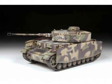 Zvezda - German Medium Tank Panzer IV Ausf. G, Mastelis: 1/35, 3674 2