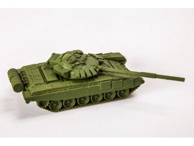 Zvezda - Soviet Main Battle Tank T-72B, 1/100, 7400 4