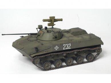 Zvezda - Soviet atrborne figthing vehicle BMD-2, Mastelis: 1/35, 3577 2